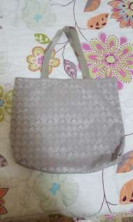 renoma hand bag for sale