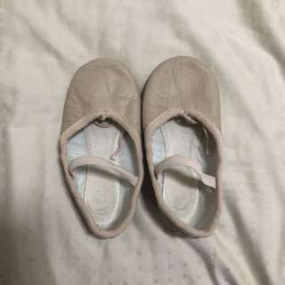 Katz - size 10.5 Ballet shoes worn less than 10x.