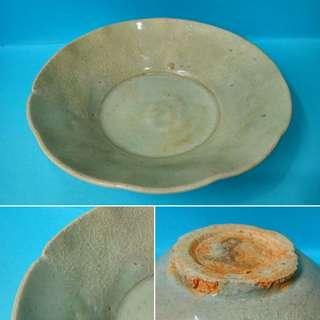 宋:青白釉葵口碗