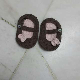 Kasut kait / knit Shoe for babies