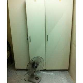 3 door Closet (Almari Pakaian)