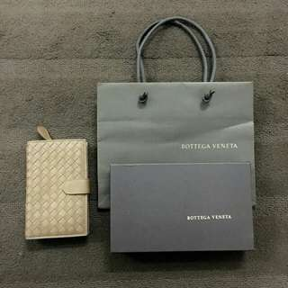Bottega Veneta leather wallet