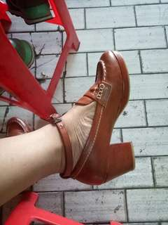 Classic shoes retro brown