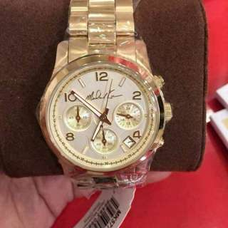 Mk5770 Mk Signature 38mm  💯Percent Pawnable 💯Percent Authntic Comes With : ✔Original Hardbox ✔Manual ✔Serial Number ✔Paperbag