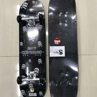 Skateboard Import Motif Hitam