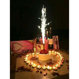 Sparkling candle