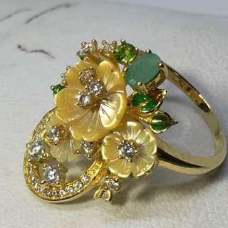 Pretty*** natural Emerald,MOP,CZ sterling silver size 7.25