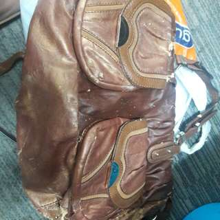 Tas guess marciano