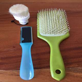 Grooming Bundle ( Brush, facial brush and foot exfoliator)