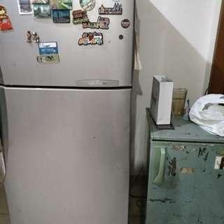 Jual lemari es refrigerator samsung 2 pintu