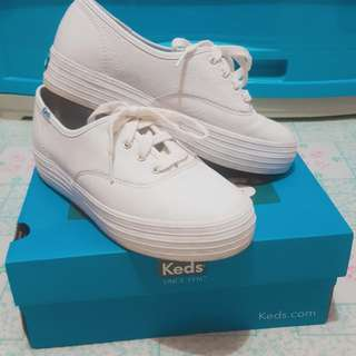 White leather keds shoes
