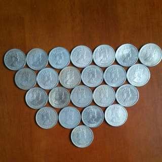 香港:硬幣:女皇頭👍1960年10個👉70年2個👉72年5個👉73年2個👉75年4個👍👉共23個