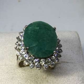 Pre-Loved Natural Russian Emerald sterling silver size 6 ..8.7 grams