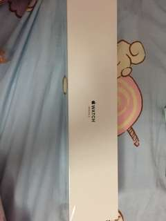 全新serial 3 42mm 金色加粉紅色運動錶表帶 只開盒check 原盒放$3000 原價$3300