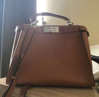 SALE ! Fendi peekaboo medium 2013 bagonly