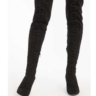 BLACK OVER THE KNEE BOOTS WITH LACE UP DETAILING (SIZE 7 US)