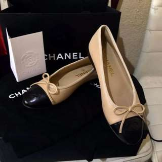 Auth chanel Flats