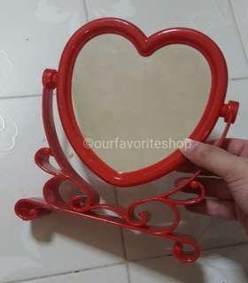 Retro Plastic Heart Shape Mirror