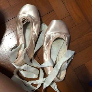 Bloch demipointe ballet shoes