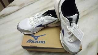 Mizuno Maximizer 18 Men's Running Shoes