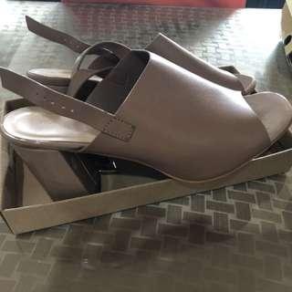 Primadonna Chunky Heels Sandals