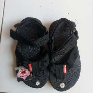 #MakinTebel BARU sepatu anak fast out