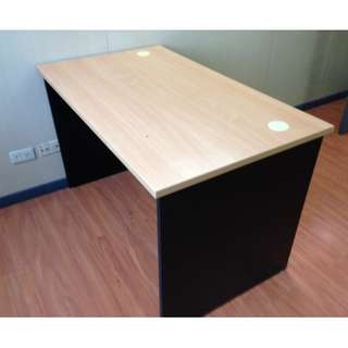 Office furniture (Table)