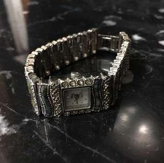 🚚 德國買的復古鑲玉手錶