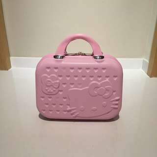 "❗️New Stocks❗️14"" Hello Kitty Make Up Bag/Small Luggage. Good Quality! Ideal As 🎁Gifts or for your own use 😀"