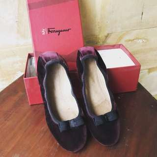 Salvatore ferragamo ballerina shoes in bordeaux