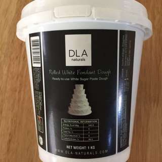 DLA white fondant rolled dough