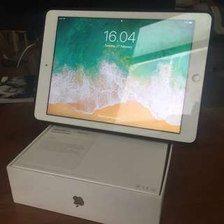 Ipad air 16gb second wifi