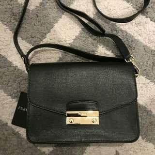 Furla Julia XL Crossbody Black
