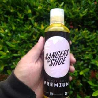 Shampo cuci sepatu