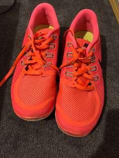 Nike Free Run 5.0 orange size 8