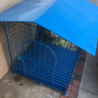 Brand New Dog House with tray