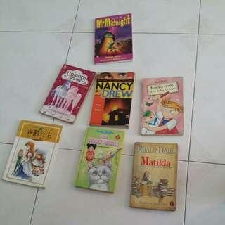 Nancy drew Enid Blyton story book