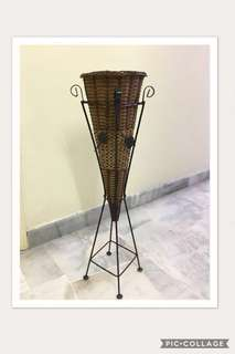 Rattan flower basket with stand