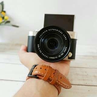 Mirrorless Fujifilm XA3 + Lensa 16-50mm Murah