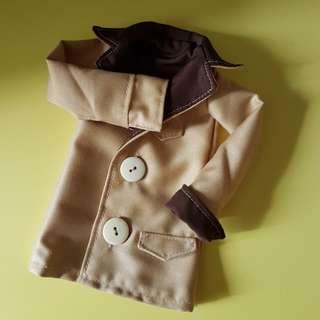 Bjd 1/4 Doll  (jacket/coat?)