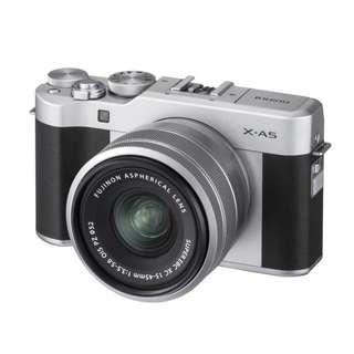 Fujifilm X-A5 XC15-45mm F3.5-5.6 OIS PZ (Silver Argent)