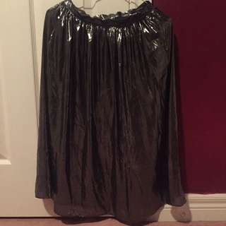 SHINY GREY MIDI SKIRT
