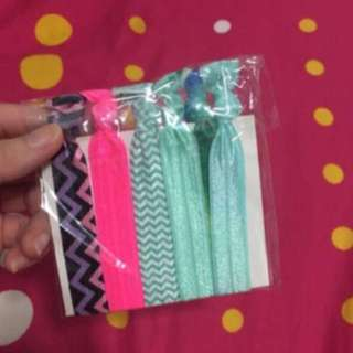 Elastic hair ties/rubber band