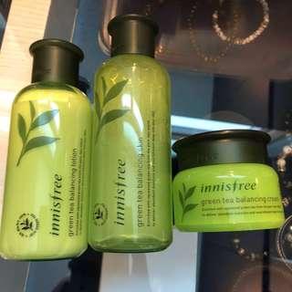 Innisfree Green tea balancing skin/lotion/cream