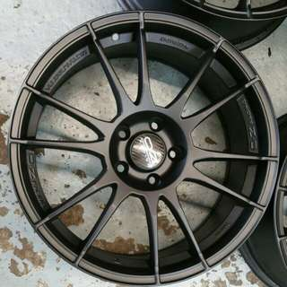 "Oz Racing Ultraleggera 18 "" 5x112"