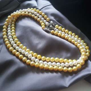 Sea water pearl gold yellow pearl necklace white pearl