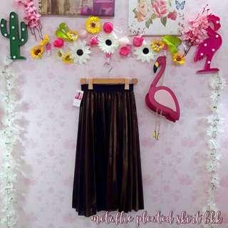 🌸 Metallic Pleated Skirt 🌸