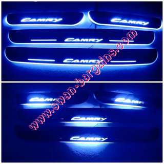 BLUE Toyota Camry 4pcs Sweeping Glowing Animated Moving Running Illuminating LED Door Sill Scuff Plate Lighting Panels Dr-Chrome Mirror Finish XV30 XV40 XV50