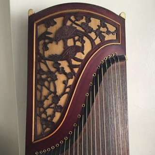 Guzheng (accessories included)