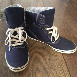 Keds Size 8.5 Blue High cut shoes with heel